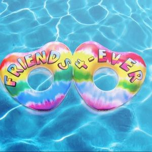 3C4G Double Heart Friends Pool Float, Rainbow